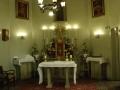 Oltar u crkvici sv. Franje u sklopu samostana.JPG