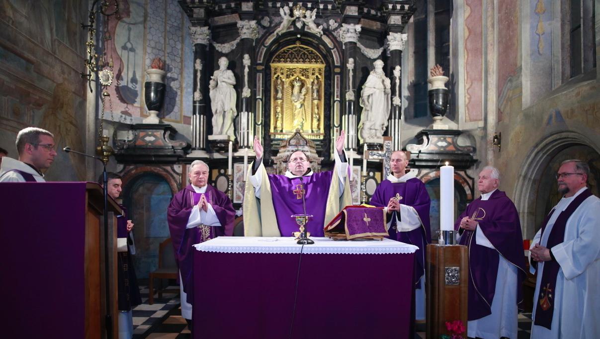 002.Sv. misa