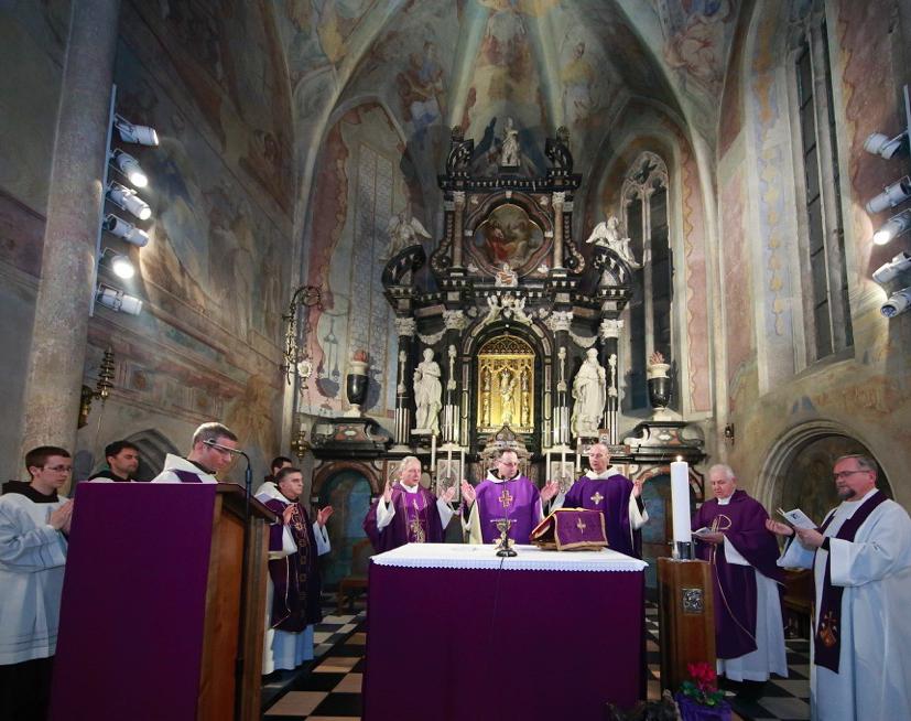 003.Sv. misa