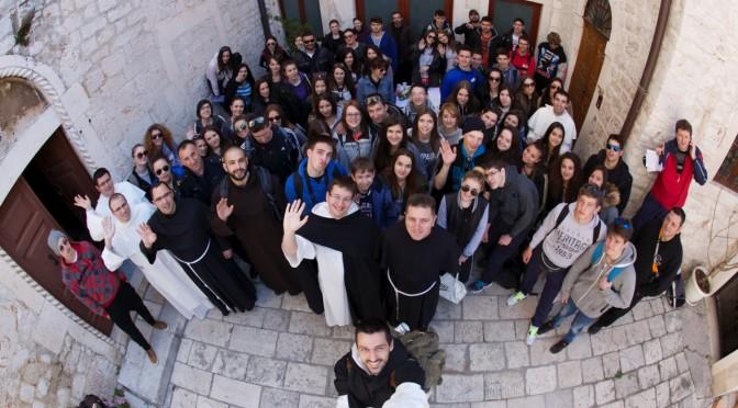 Križni put mladih šibenske biskupije